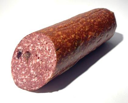 Brieža gaļas salami ar dzērvenēm